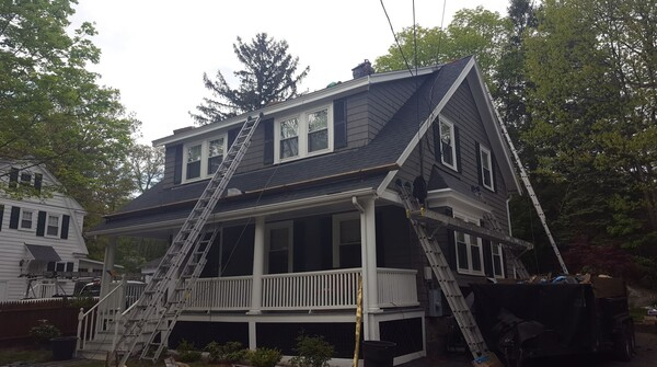 Roof Replacement in Hudson, NH (1)
