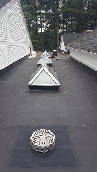 R.J. Talbot Roofing and Contracting. Commercial Rubber Roof in Merrimack, NH (1)